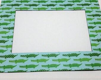 Alligators Refrigerator Photo Frame Magnet. Fits a 4x6 picture. Refrigerator Picture Frame Magnet.