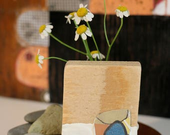 Object of an object, tiny sculpture/ painting