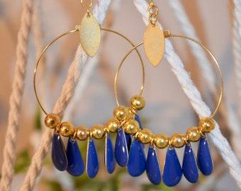 Earrings round blue tassels