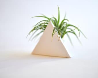 Trending Triangle Mini Air Plant Planter White