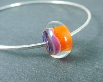 Bangle Bracelet, Mango Orange Raspberry Lampwork Bracelet Simple Bracelet Stacking Bracelet Hammered Silver Bracelet Colorful Glass Bracelet
