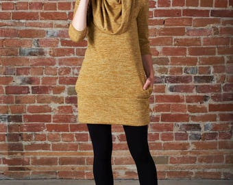 Freja tunic with convertible oversized collar and pockets