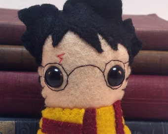 Harry Potter Hogwarts plushie (made to order)