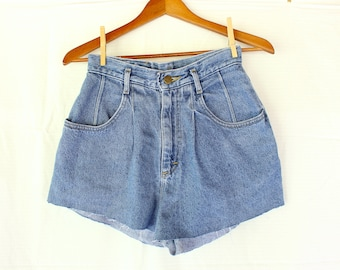 Vintage Lee jean shorts rough cut frayed high waisted