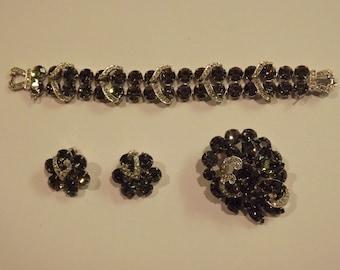 Glamorous Vintage 4 Piece Weiss Designer Gray & White Rhinestone Bracelet, Brooch, Earrings Demi Parure Set