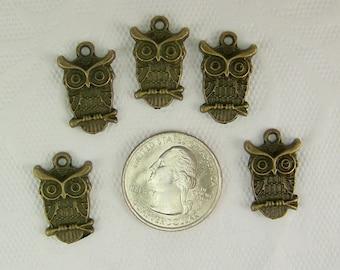 DESTASH, Bronze Owl Charms, Barn Owl Charm, Owl Charm, 5 Pieces, 23mm by 15mm, Owls, Hoot Owl Charm
