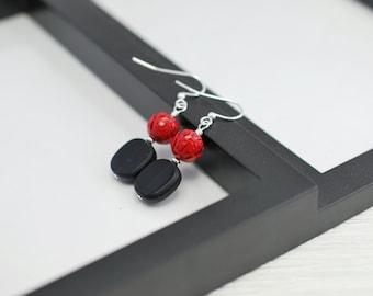 Red and Black Earrings, Red Rose Earrings, Gothic Earrings, Black Drop Earrings, Red Drop Earrings, Red Rose, Black Earrings, Black and Red