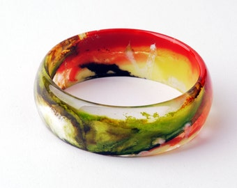 Resin bangle, multicolored marbled, diameter 2,63 in / 6,7 cm