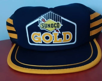 Vtg Sunoco Gold snap back trucker hat , mesh back , 1970 1980 , gold stripes , oil , fuel petrolia , made in Canada , racing , cars