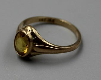Solid Yellow Gold 10K Gold Yellow Stone Ring Estate Jewelry from Charmhuntress X117