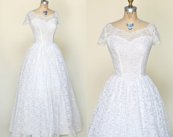 1950s Lace Wedding Dress --- Vintage Full Length Wedding Gown