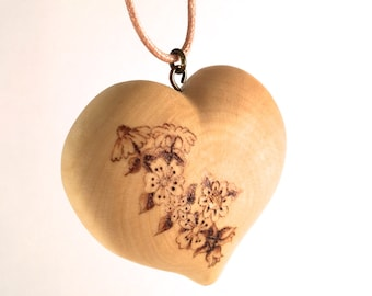 wooden heart necklace, wood heart pendant, pyrography pendant, wood burned necklace, heart necklace, wood jewelry, wood heart jewelry