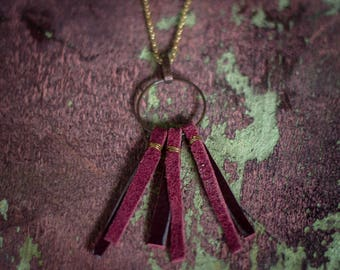 Circle & Wine Leather Necklace