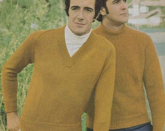 ON SALE Paton's Classic Series Knitting Pattern No 105 Pullovers/Jumpers (Vintage 1970s)