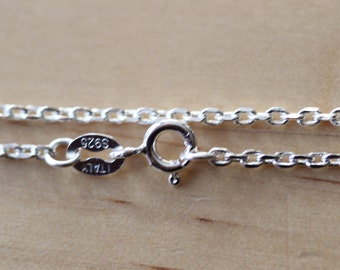 Sterling Silver 19 inches (48.26cm) Oval Link Chain - Approx 3.5grams - New Price