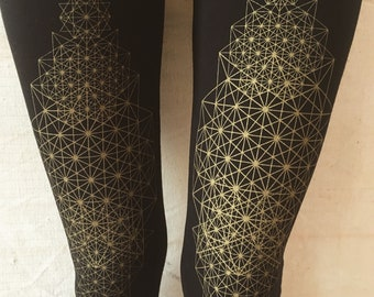 TETRAHEDRON LEGGINGS black . geometric. yoga pants. yoga leggings. festival fashion. alternative apparel. sacred geometry. psy trance. black
