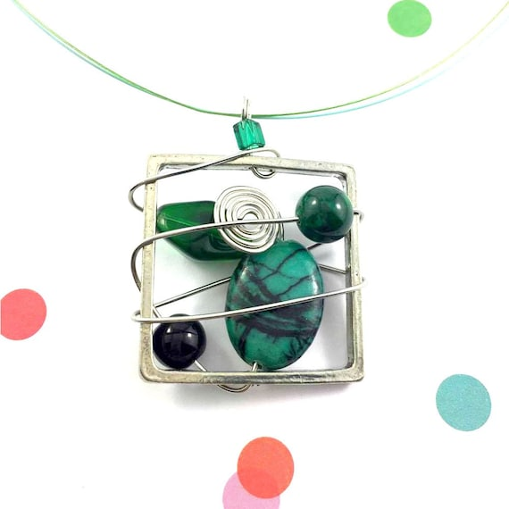Square metal stainless necklace colors, dark green, fossile, beads pewter and stainless steel tiger tails, les perles rares