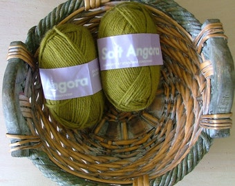 Soft Angora Made in New Zealand Batch No 19775 Moss Olive Green Crochet  Knit