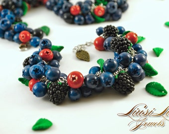 Berry bracelet - blueberry, cranberry and blackberry bracelet.