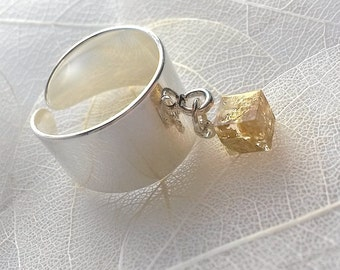 Handmade ring with golden flakes. Elegant ring.