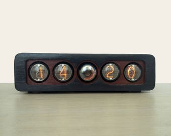 Nixie clock based on IN-4 tubes and OG-4 dekatron, in mahogany wooden case