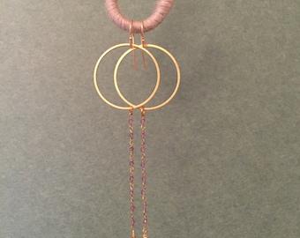 Hand made earrings.Gold plate. Quartz. Onix