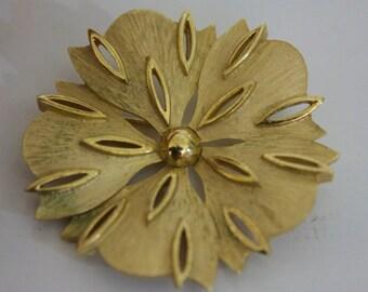 Vintage Trifari Brooch Flower Gold Tone Signed