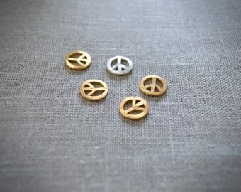 Medal Peace & Love gold. (Bracelet or necklace)