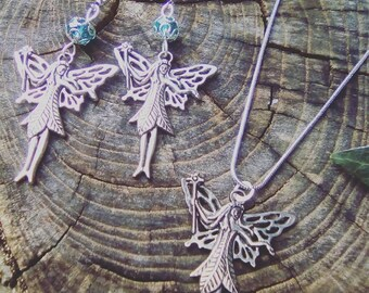 faery necklace and earrings