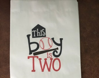 12 white personalized merchandise bags