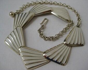Modern White Silver Necklace Vintage Choker