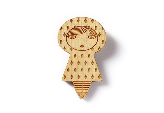 Diamonds doll brooch - kawaii kokeshi brooch - cute matriochka pin - geometric accessory - graphic jewelry - poetic - lasercut maple wood