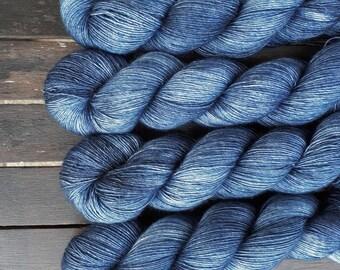 Hand dyed Merino silk single yarn Superwash 100 g