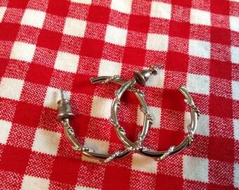 Vintage Silver Hoop Earrings, post earrings, stud earrings, pierced earrings, hoop earrings, pierced hoop earrings