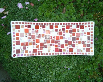 Mosaic bowl oblong ship in red and white