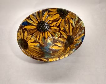 Sunflower design bowl