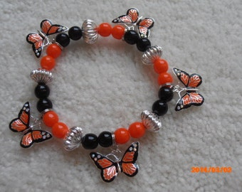 BUTTERFLIES IN SPRING Beaded Bracelet
