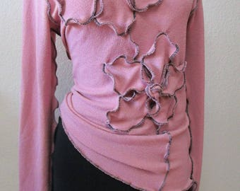 pink top with 2  roses decoration and ruffled edging plus made in USA (v116)