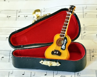 Acoustic Guitar Brooch Pin in Case - Guitar Gift - Music Brooch - Guitar Jewellery