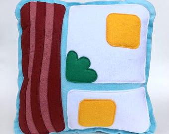 Bacon & Eggs Pillow (1)