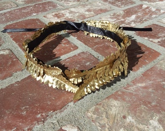 Roman inspired laurel headpiece