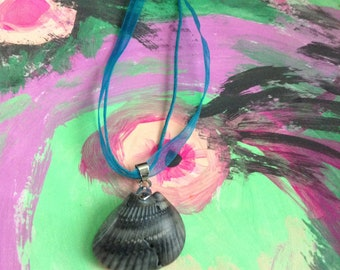 Beach Life Bling Shell Necklace Waxed Cord & Ribbon