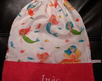 Name embroidery on elastic, bag, toy bag.