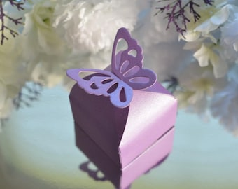 Purple butterfly favor boxes - Set of 20 - baby shower, bridal shower, wedding, tea party - candy or treat box
