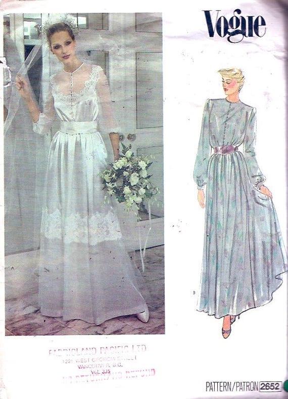 Romantisches Brautkleid fließende Kleid und Schärpe
