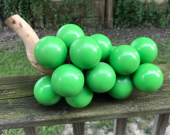 Vintage 1960's Solid Kelly Green Lucite Grapes