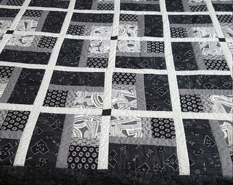 black and white quilt.tag art fabric