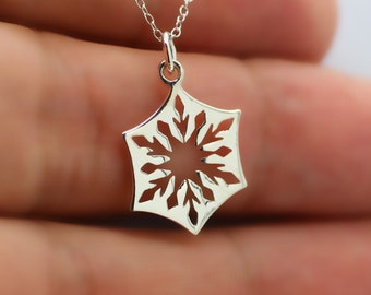 SNOWFLAKE NECKLACE - 925 Sterling Silver - Snowflake Charm Winter Jewelry *NEW*