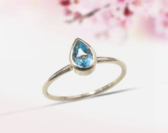 Blue Topaz Sterling Silver Ring swiss blue topaz Solitaire Ring Engagement Ring Topaz Pear Cut Blue Stone Ring Birthstone Ring Topaz Jewelry