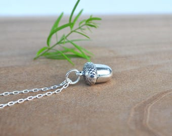 Acorn Necklace, Small Acorn Necklace, Acorn Jewelry, Silver Acorn, Nature Lovers Gift, Jewelry Under 20, Gifts for Her, Small Acorn Necklace